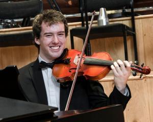 Daire Violin